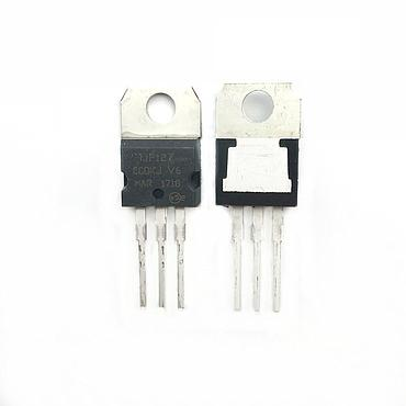 IC TIP127 TO-220 Darlington Transistor